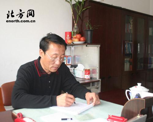 天津市河北区江南v委员委员-农民工大队小学小学生竞选模板学校海报子弟4k横向手绘图片