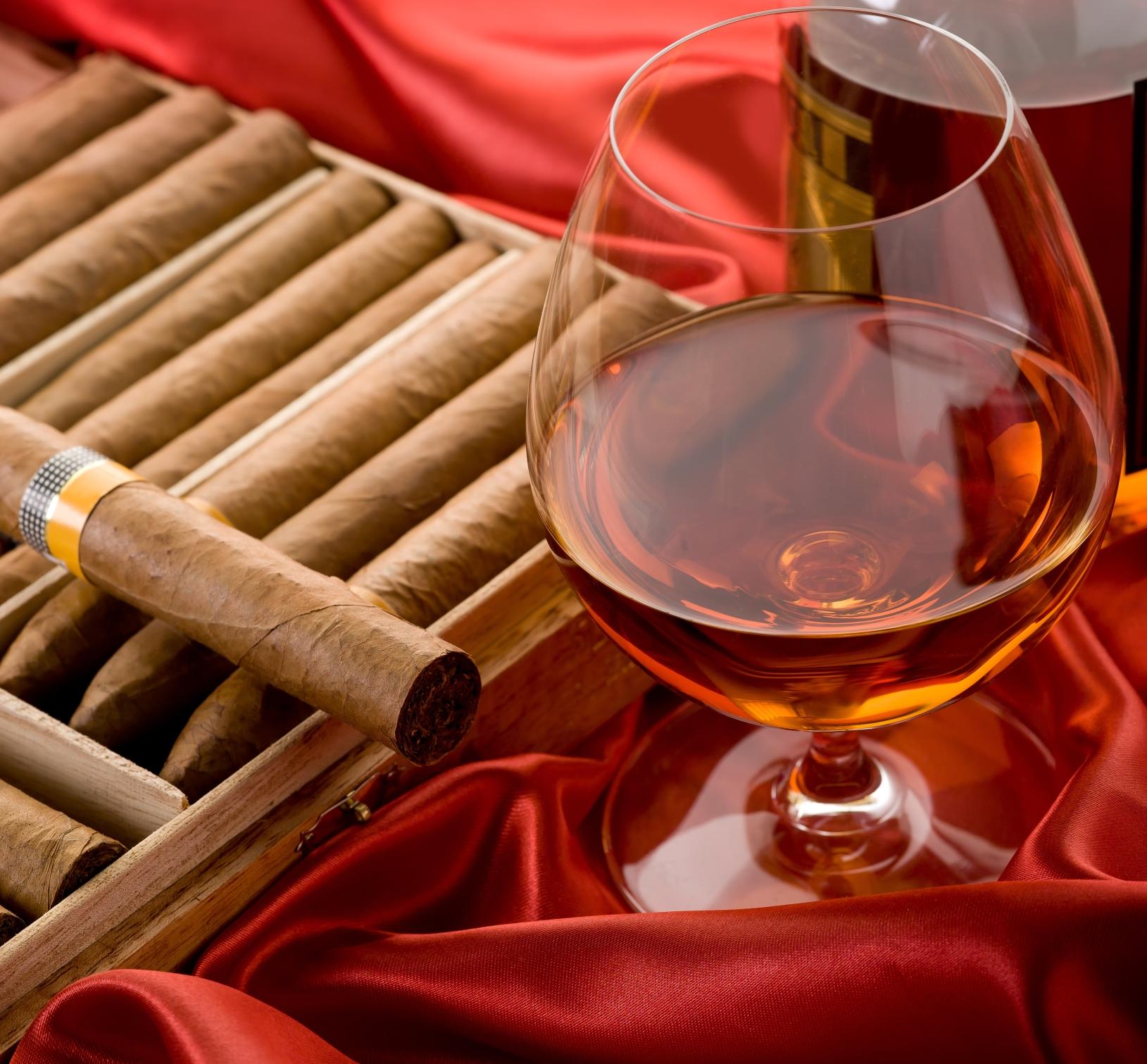 丘吉尔红酒雪茄吧