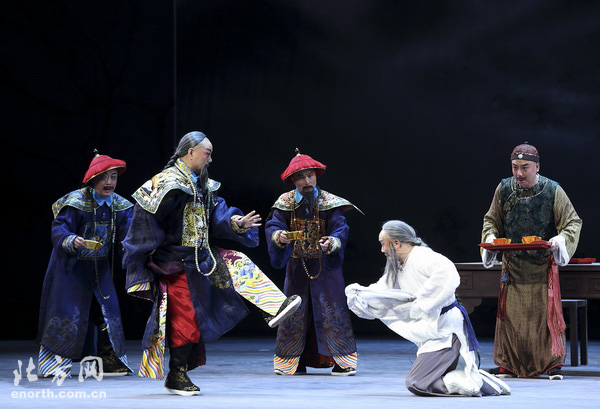 上海大劇院新編京劇《金縷曲》首登津門舞臺