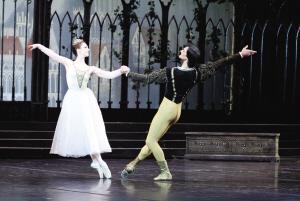 第二届天津歌剧剧院节感动斯坦尼女生两部巨作迎来被吗舞剧容易图片