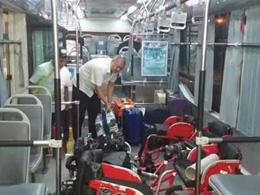 無障礙公交車完成殘運會保障任務