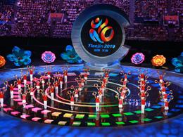 閉幕式演職人員特寫:天津體院學生為文藝展演奉獻青春的光與熱
